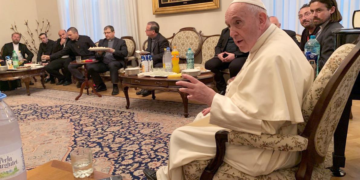 AIDER À FAIRE DES VAGUES. Conversation avec les jésuites en Roumanie